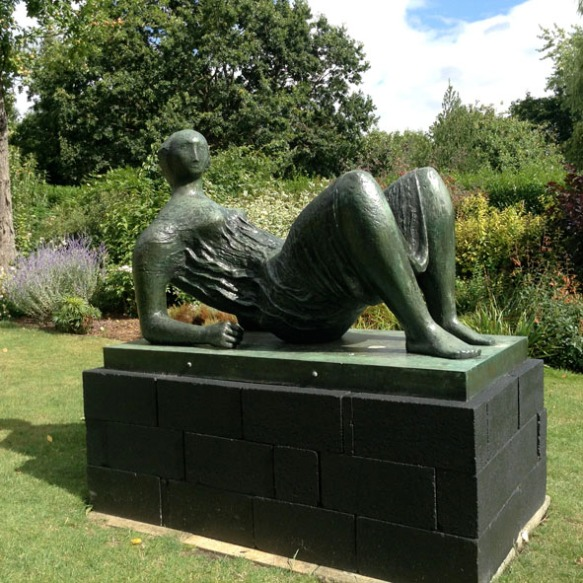 Henry moore4